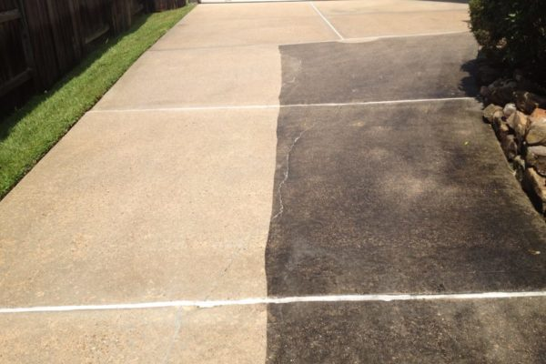 Driveway-Cleaning-Pressure-Washing